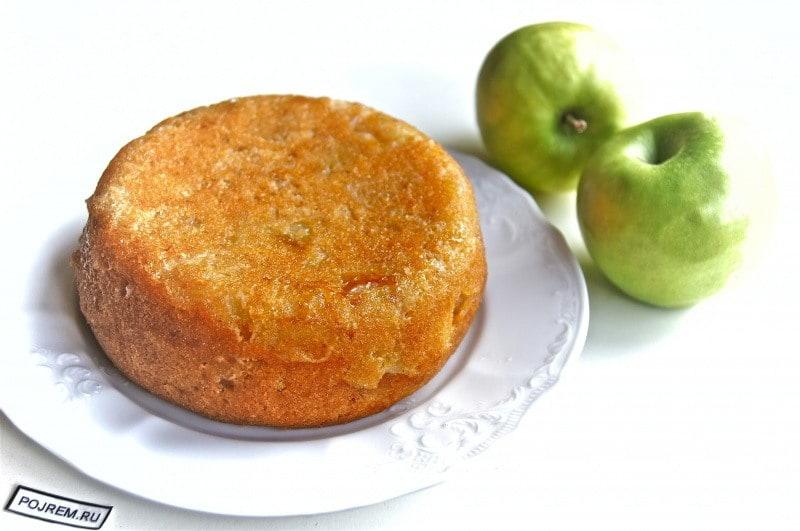 яблочный сочный пирог