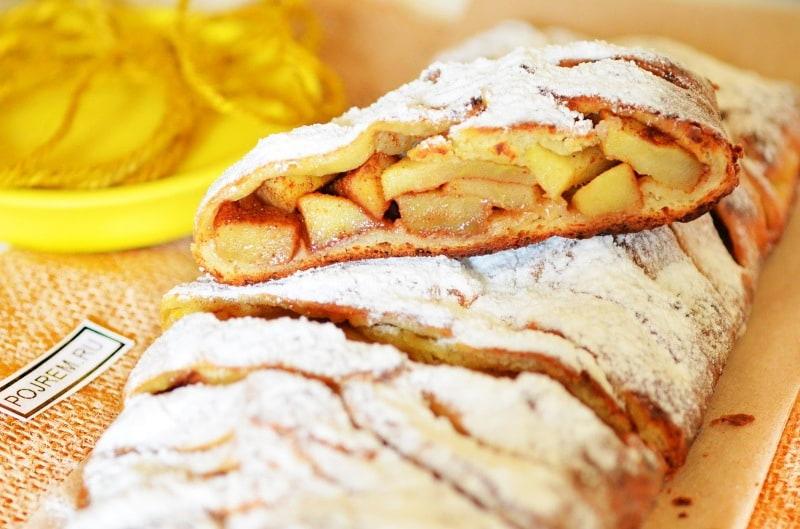 рецепт пирога шарлотки с яблоками с корицей