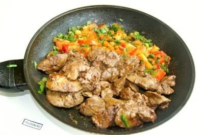 печень куриная рецепты приготовления со сметаной и помидорами