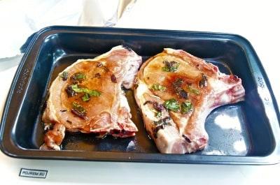 приготовить свиную корейку в духовке рецепт
