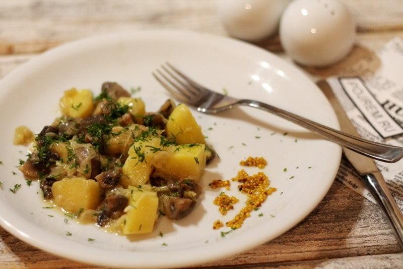 жареный картофель с грибами в мультиварке рецепты