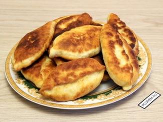 Пирожки с яйцом и луком жареные на сковороде