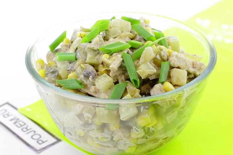 как приготовить салат с грибами и кукурузой