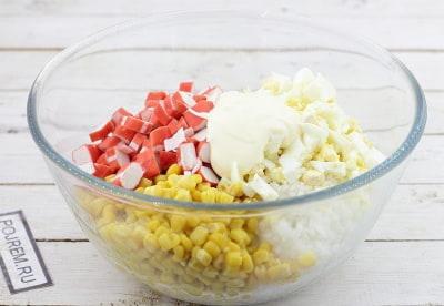 салат крабовый рецепт классический пошаговый рецепт с фото