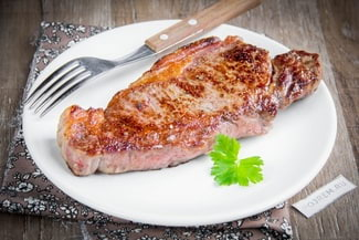 Как пожарить стейк из говядины