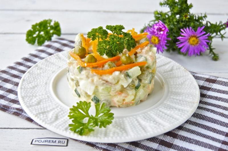 рецепт салат с корейской морковью и копченой курицей и
