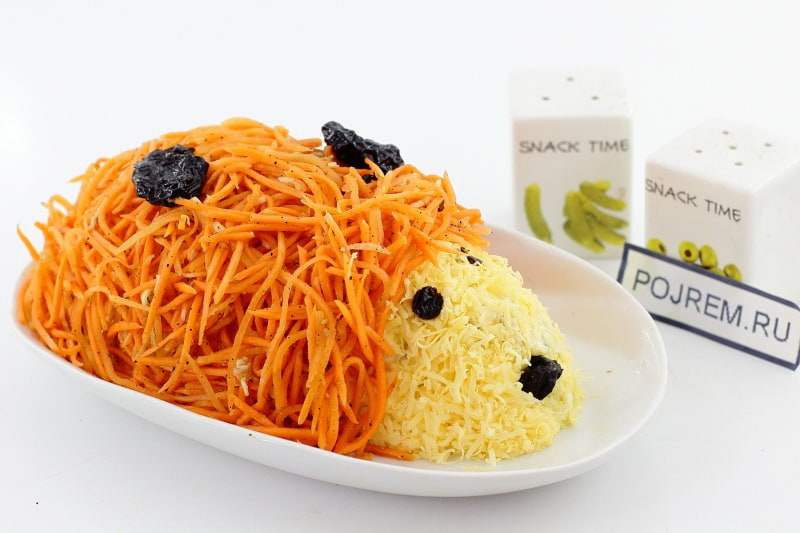 салат «ежик» с курицей и корейской морковкой