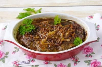Печень говяжья тушеная в сметане простой рецепт 5