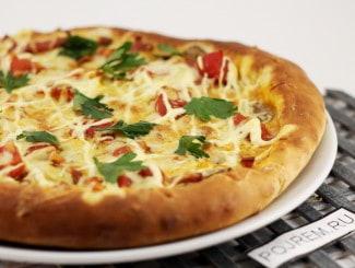 Пицца с колбасой в духовке