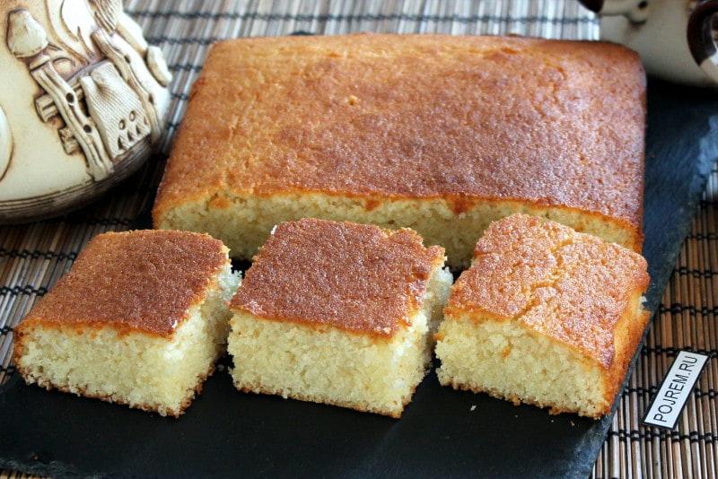 Как приготовить манный пирог