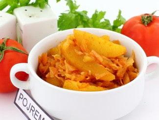 Тушеная картошка с капустой
