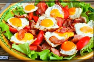 Быстрый сытный салат на второе: трачу не больше 15 минут